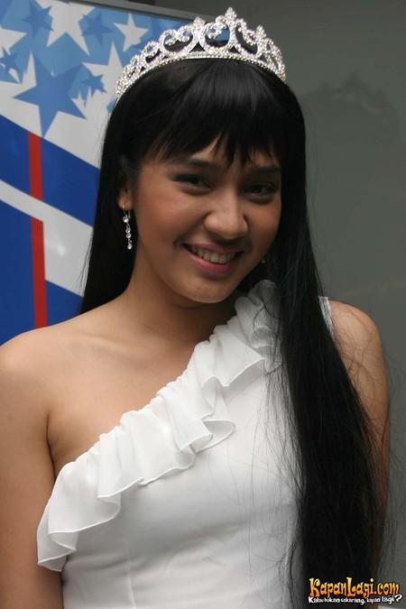 Luisa Henano Model
