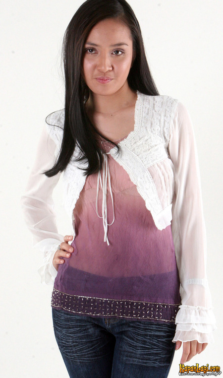 Shandy Aulia - Picture Gallery